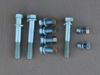 Болты крепления опор двигателя УАЗ Патриот, Хантер с гайками комплект